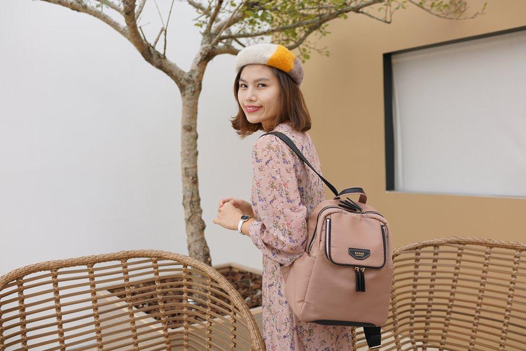 包包穿搭│KINAZ一見鍾情兩用後背包-墨鏡系列開箱。大容量防潑水尼龍後背包!
