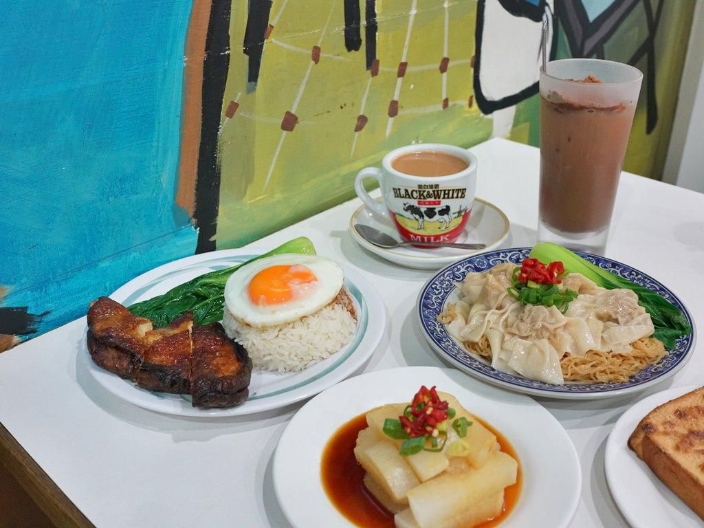 新竹美食│富貴餐室。正港香港人開的茶餐室,重現香港經典粥粉麵美味小吃!